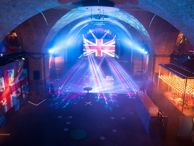 889_398the-amazing-vaults-bellow-old-billingshurst-in-central-london-transformed-into-a-colourful-night-club-for-a-corporate-christmas-party