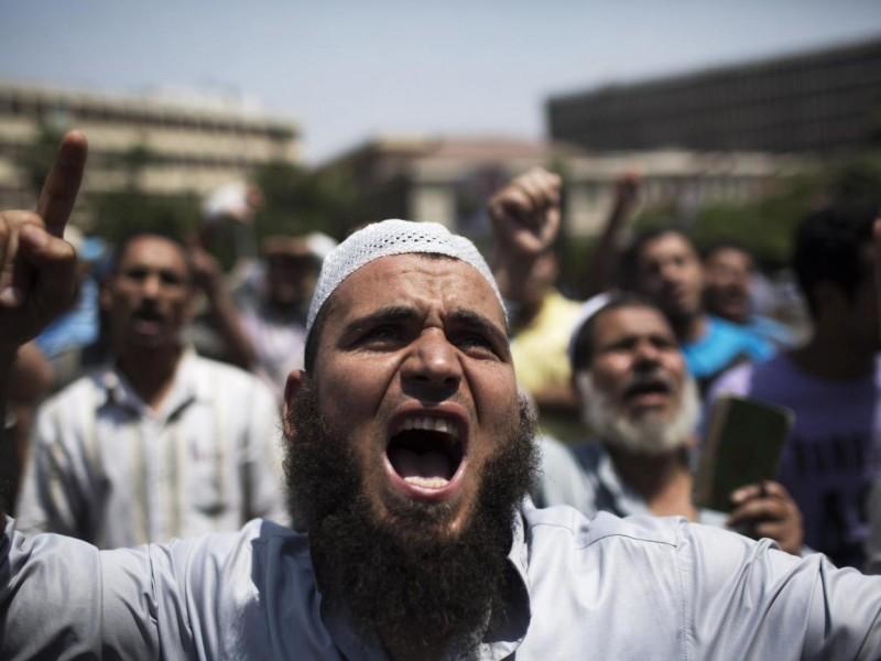 Egitto, scontri tra esercito e Fratelli musulmani