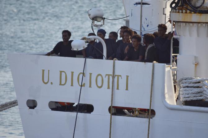 1535007845789.jpg--nave_diciotti__sbarcati_i_27_minorenni__salvini___ho_la_coscienza_a_posto_
