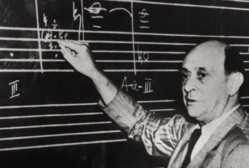 arnold-schoenberg-unterrichtend-los-angeles-1940er-jahre-19to1-1024x539